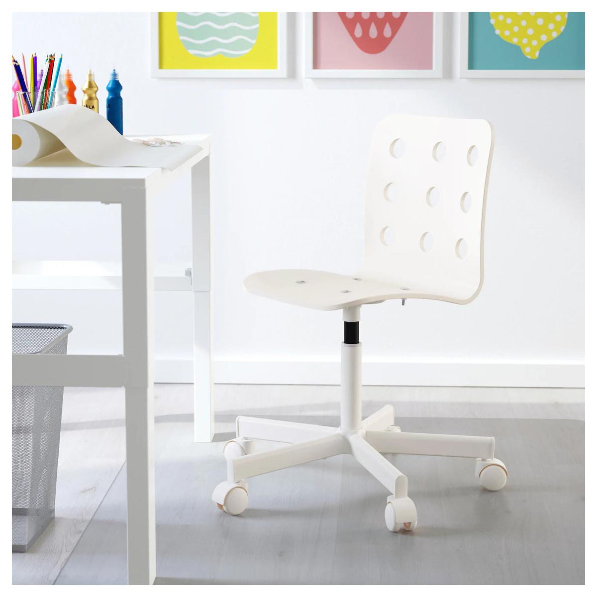 Jakie krzesło do biurka dla dziecka wybrać w 2020 opinie i
