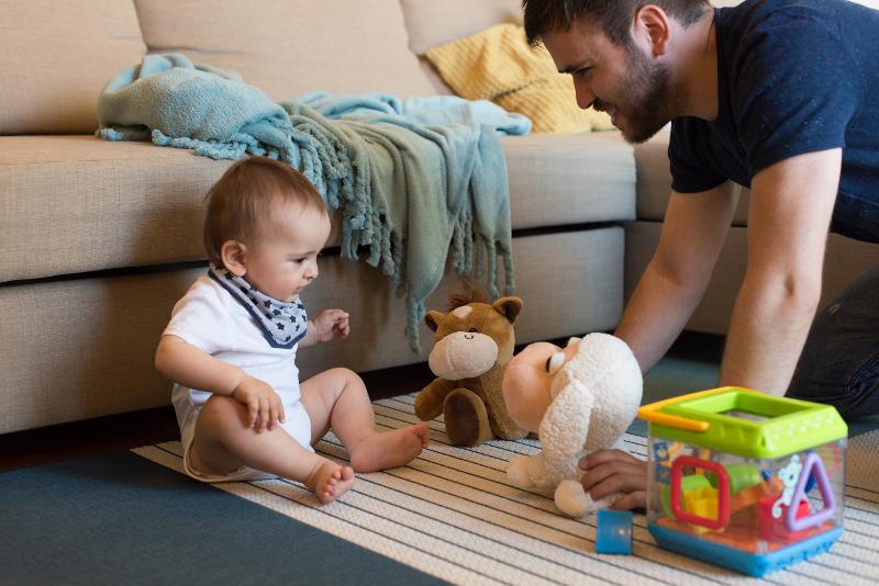 jakie zabawki dla rocznego dziecka wybrać