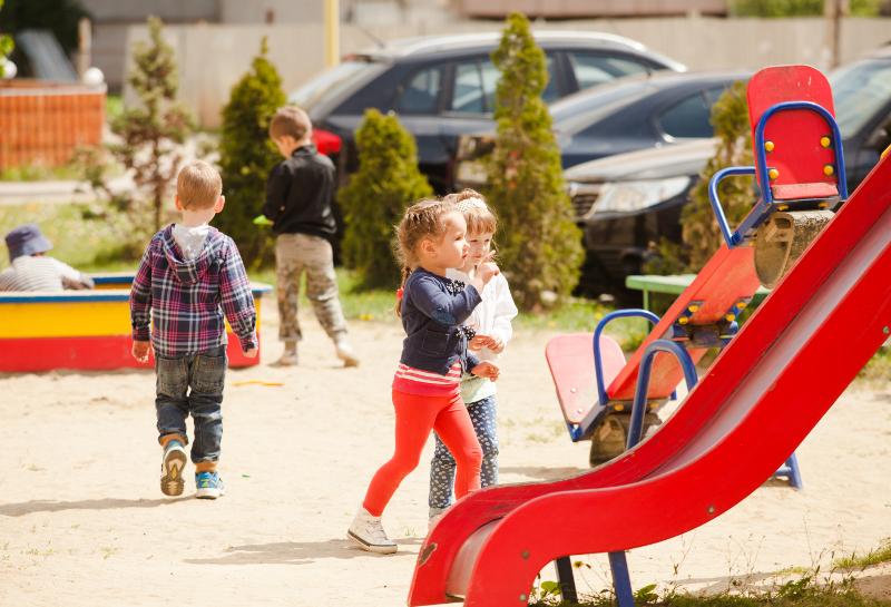 dobra zjeżdżalnia dla dzieci