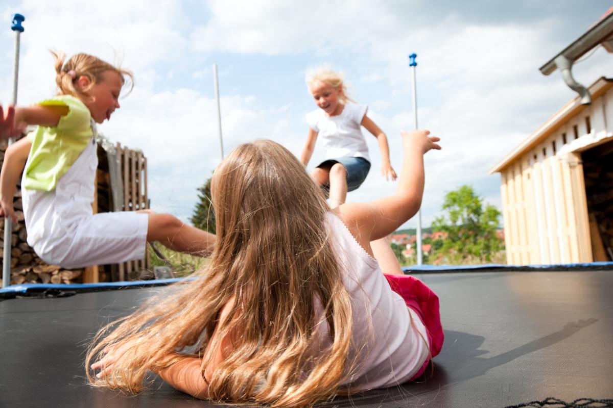 jak złożyć trampolinę