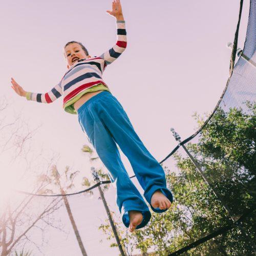 Skakanie na trampolinie wady