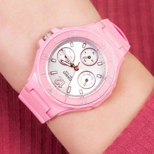 Zegarek na komunię dla dziewczynki – zobacz 6 modnych propozycji!