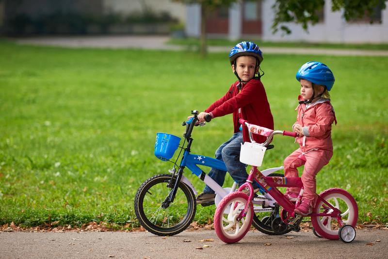 bezpieczny kask rowerowy dla dziecka
