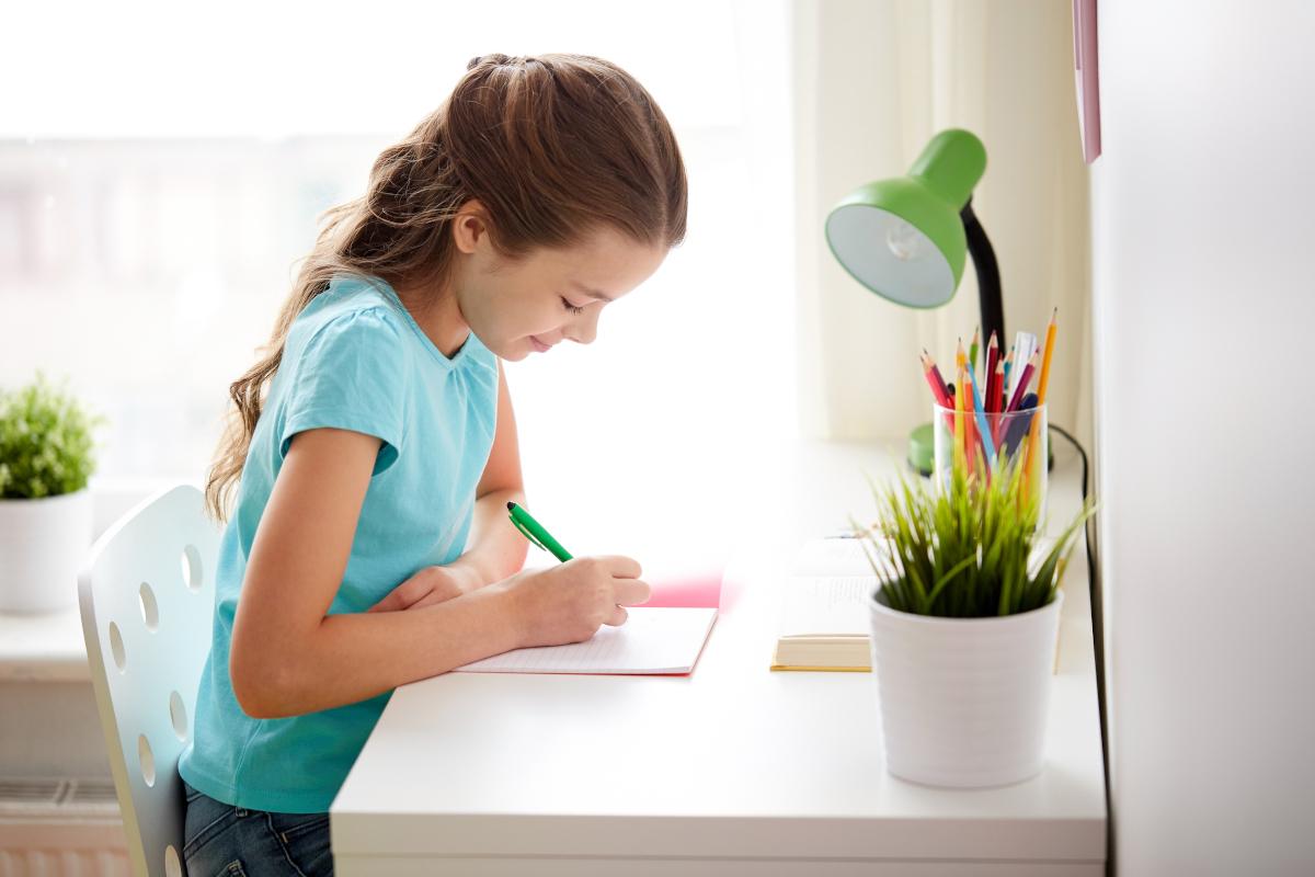 jakie biurko dla dziecka