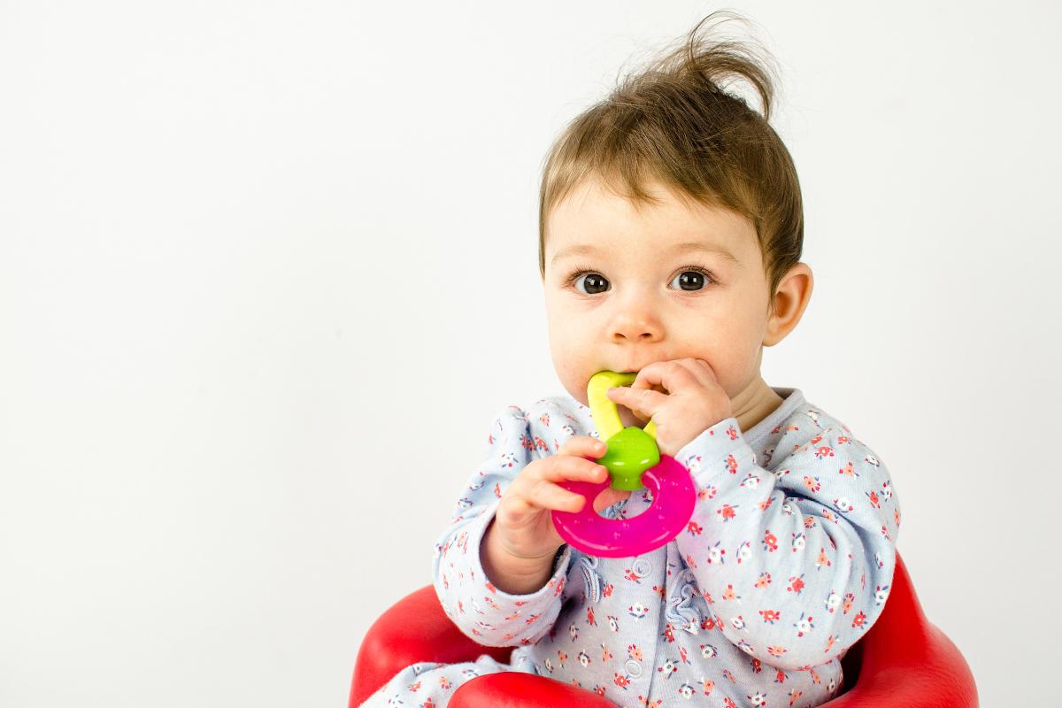 jakie zabawki dla 6 miesięcznego dziecka
